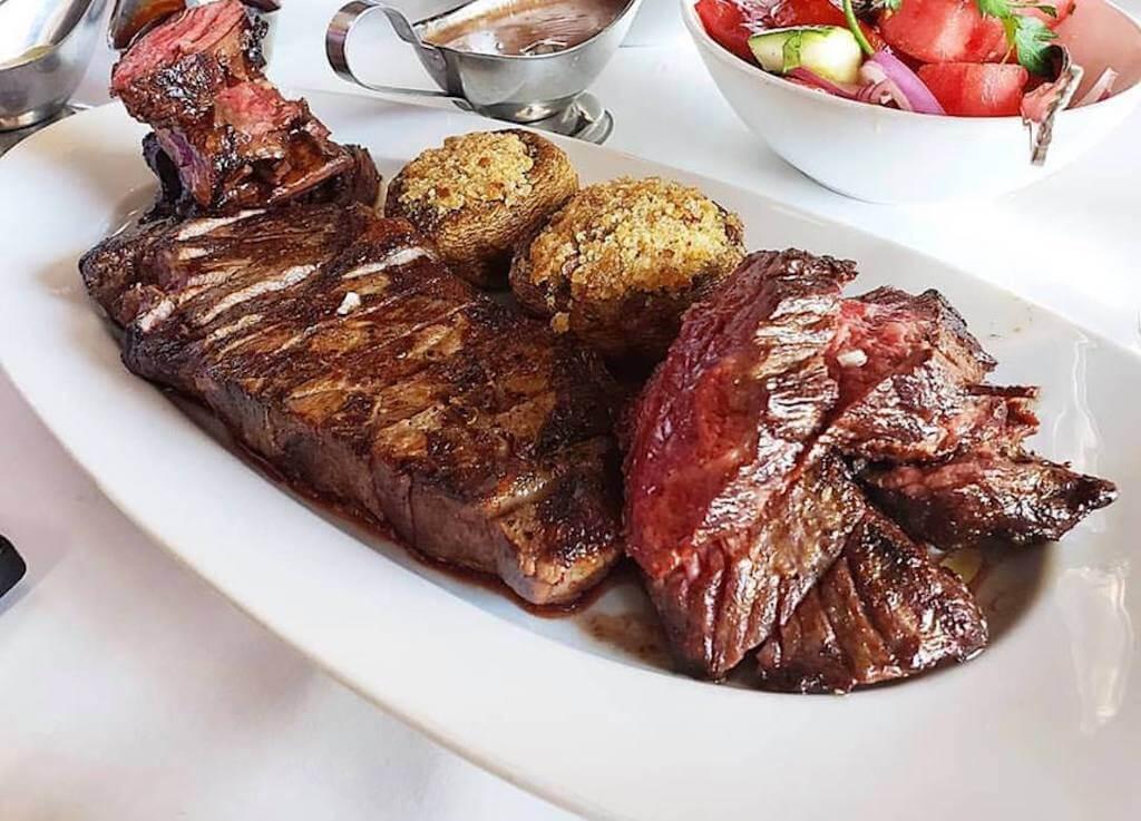 slice medium rare steak with mushrooms where to eat in Summerlin