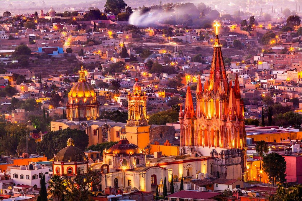 night view of San Miguel de Allende