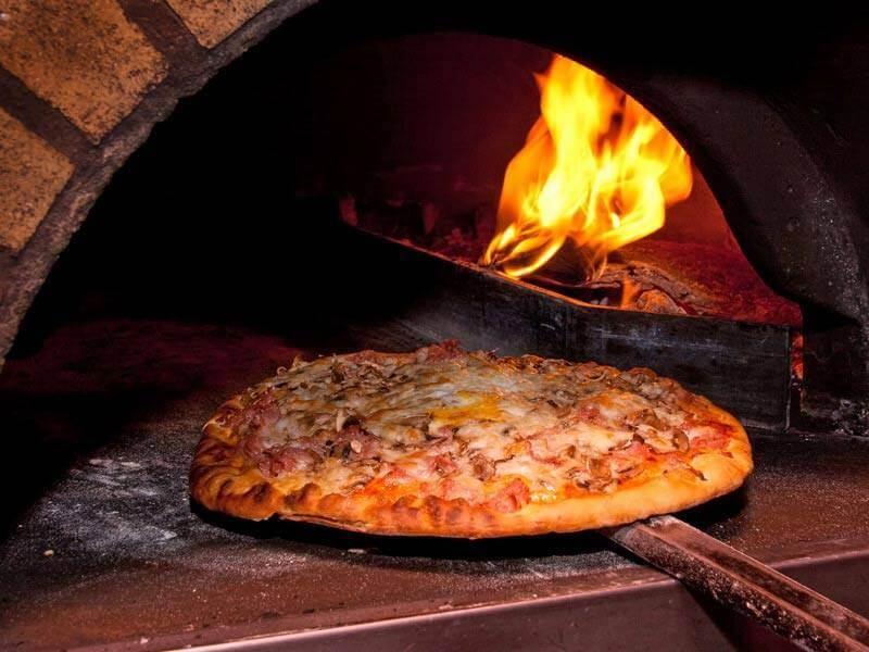 San Cristobal pizza restaurant