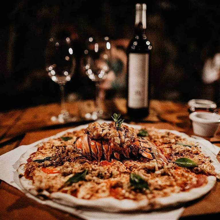 lobster pizza Holbox