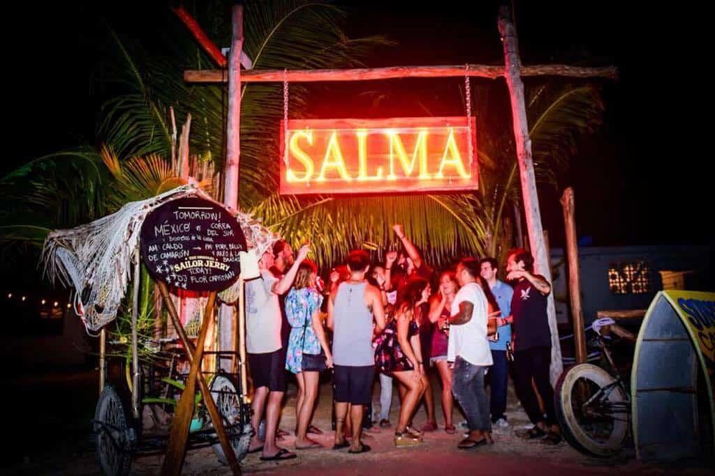 Salma Bar Holbox