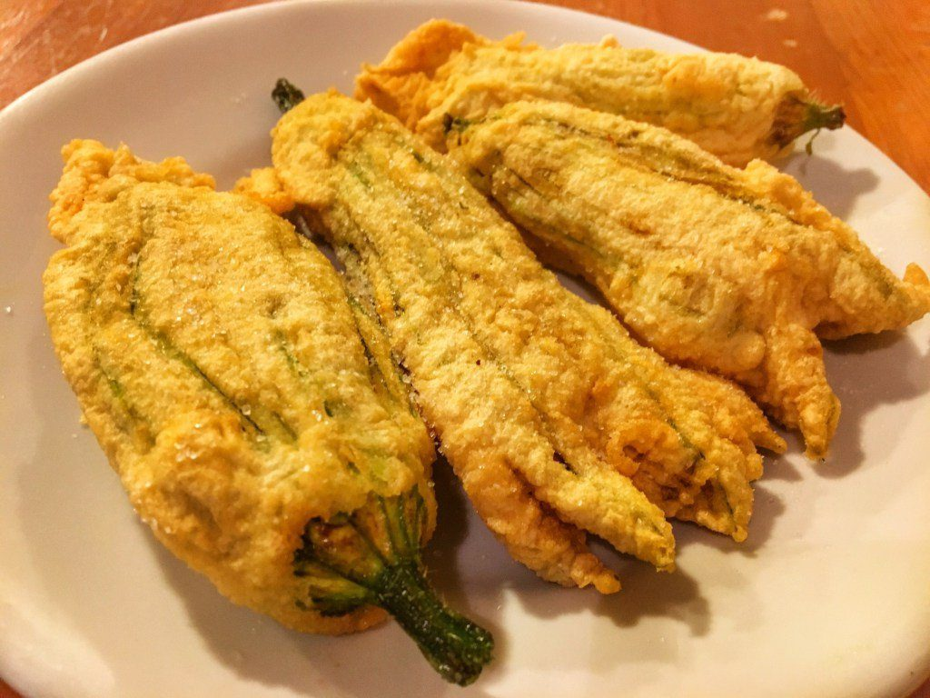fried zucchini flowers - How to experience Florence, Italy in 24 hours.