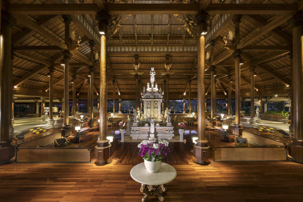 Hotel Review: The Ayodya Resort Bali is a five-star luxury resort located in Nusa Dua, Bali. While designed in a classic Balinese style, the hotel has modern touches that can be found throughout.