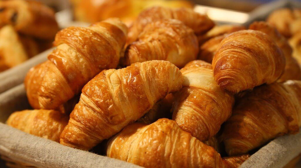 basket of croissants best Sumerlin restaurants