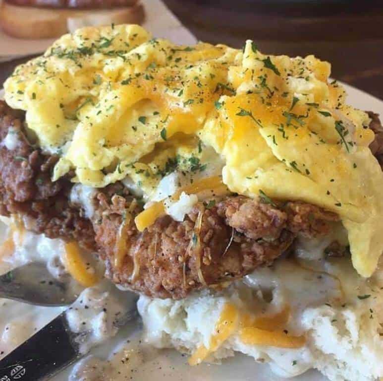 chicken fried steak with eggs okc breakfast restaurants