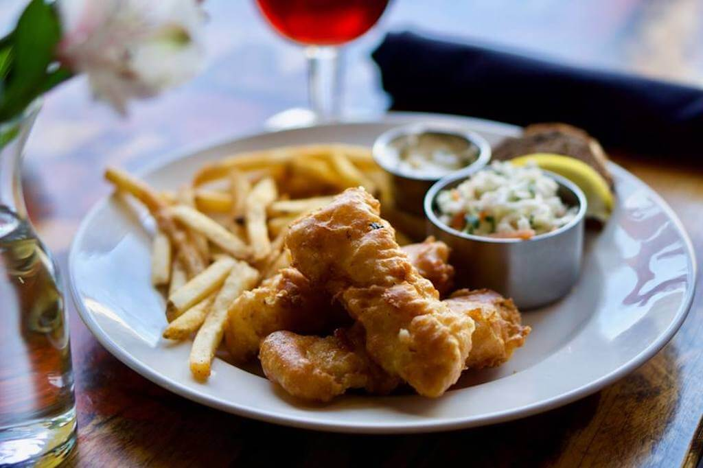fried fish with french fries restaurants in Mequon WI