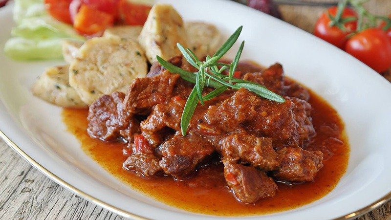 Where to Eat in Vienna Austria - Must Try Restaurants - Fischer Brau - Hungarian Goulash