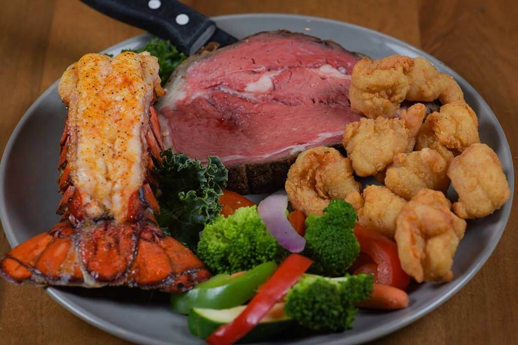prime rib and lobster tail restaurants in Holland MI