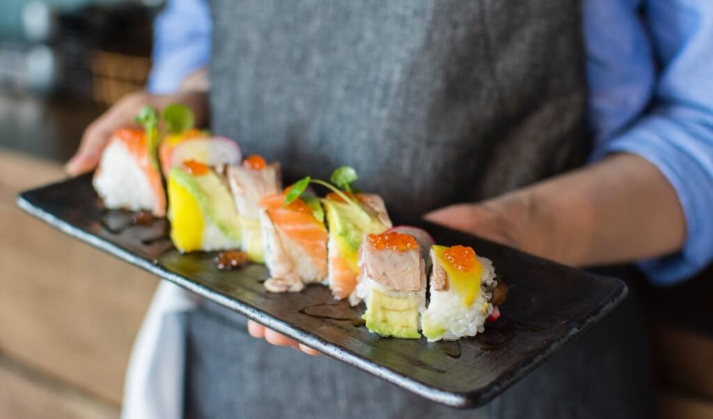 sushi plate Tustin restaurants