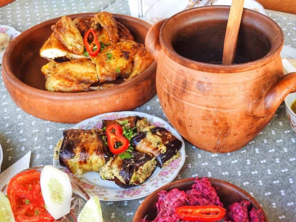 typical Georgian cuisine