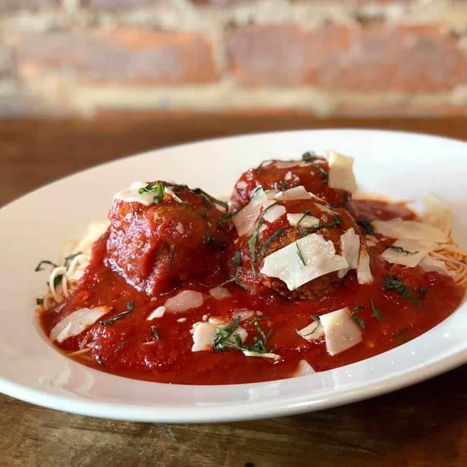 Italian restaurant LeRoy NY