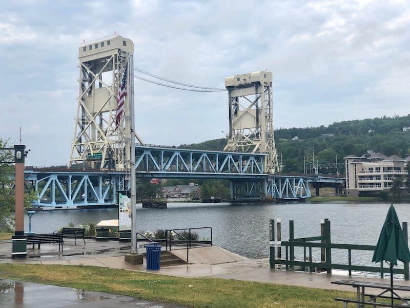 Upper Peninsula Restaurants: Bridge