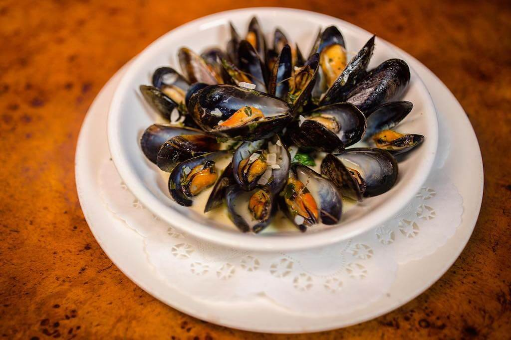 plate of roasted mussels