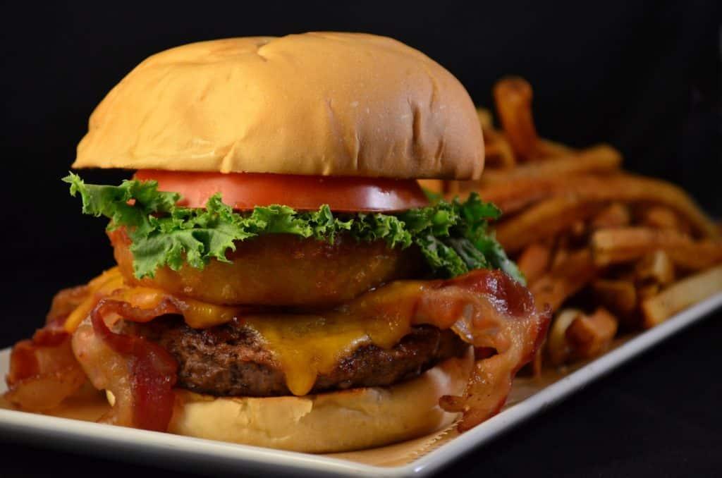 13 Best Restaurants in Lexington: Cheseburger