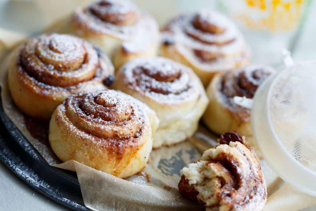 9 Must-Try Visalia Restaurants:  Cinnamon Rolls