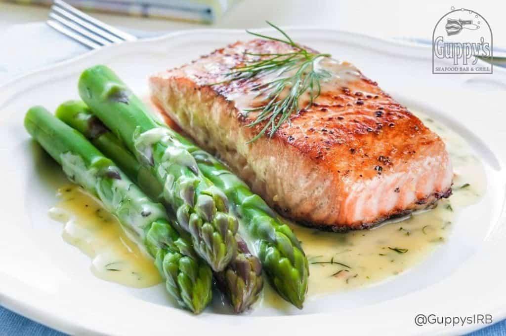 6 Must-Try Restaurants in Indian Rocks: Salmon