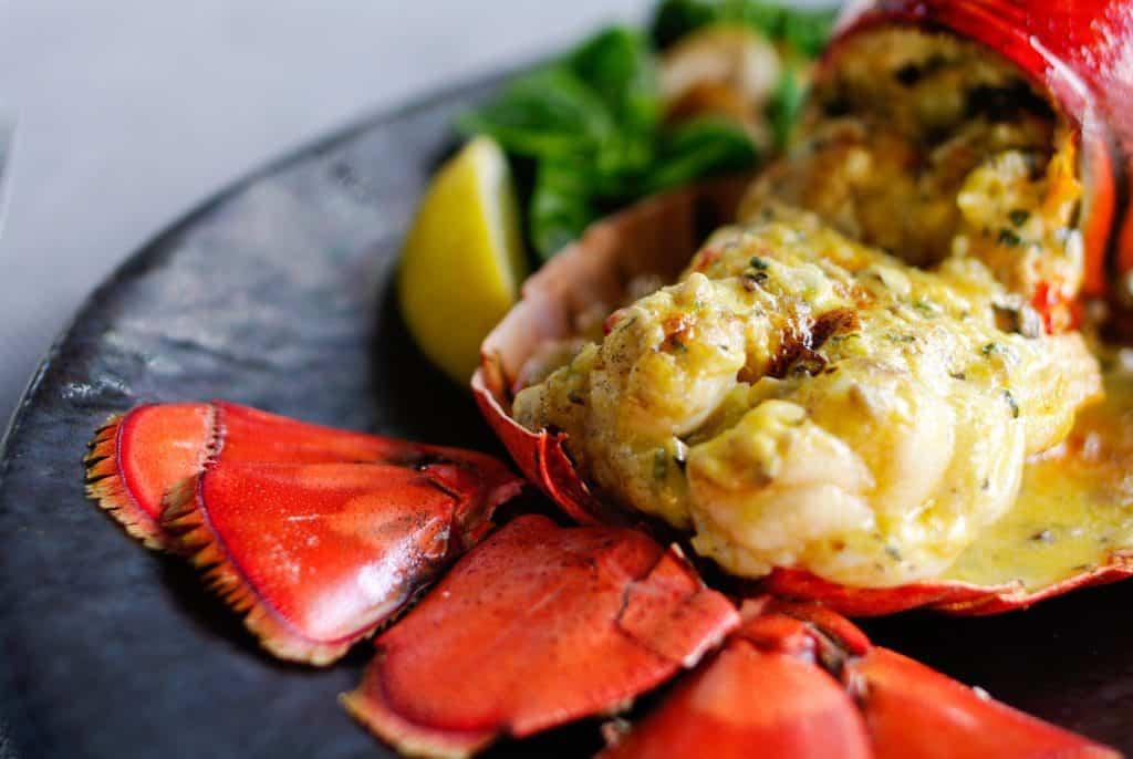12 Best Cabo San Lucas Restaurants: Lobster