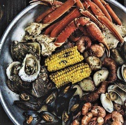 The Best Hilton Head Restaurants: Lowcountry Boils