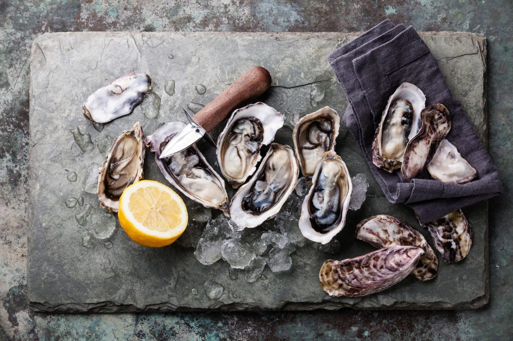 12 Best Cabo San Lucas Restaurants: Oysters on the Shell