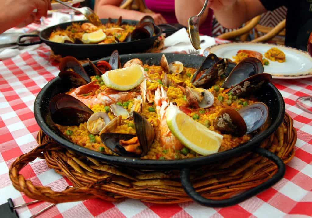 Best Half Moon Bay Coastside Restaurants: Seafood Paella
