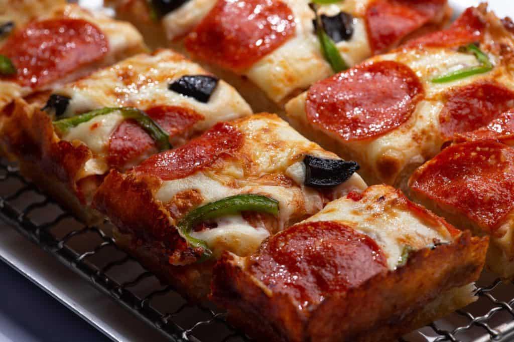 8 Best Tupelo Restaurants: Detroit Style Pizza