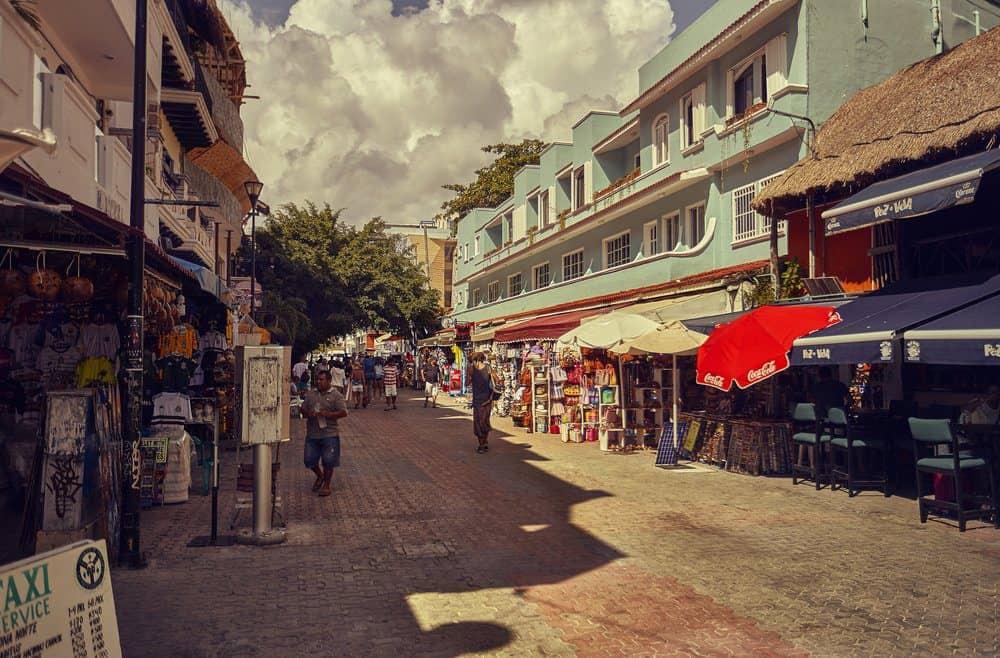 16 Best Things To do In Playa Del Carmen:  5th avenue of Playa del Carmen