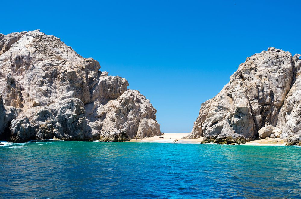 Best Things to Do in Cabo San Lucas: Lovers beach in Cabo San Lucas