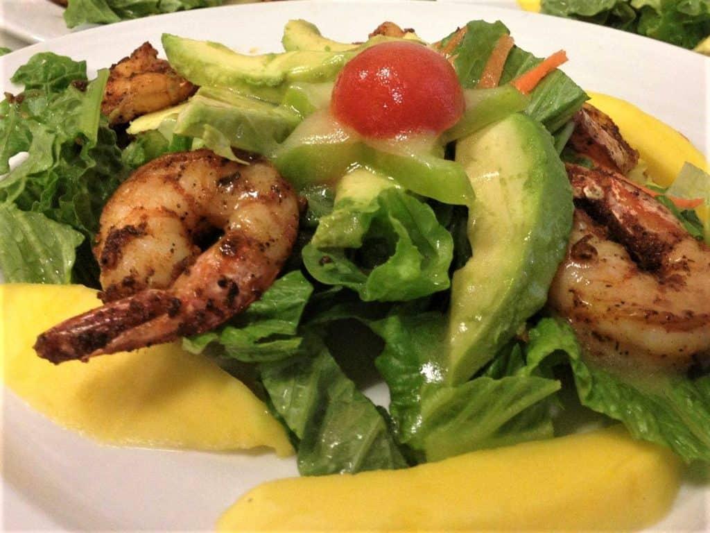 7 Best St. Thomas Restaurants: Mafolie Mango and Avocado Salad with Shrimp