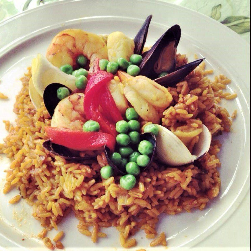 7 Best St. Thomas Restaurants: Paella Valenciana