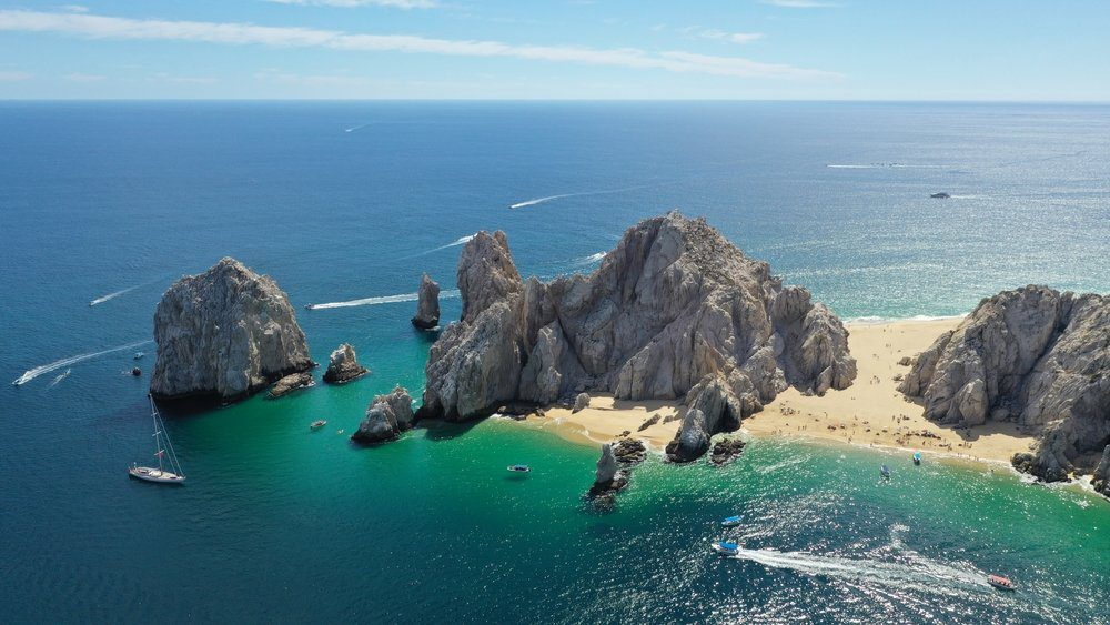 Best Things to Do in Cabo San Lucas: The Arch and Lover's Beach