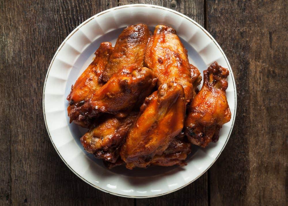 7 Best Restaurants in Ludington MI: Smoked Wings