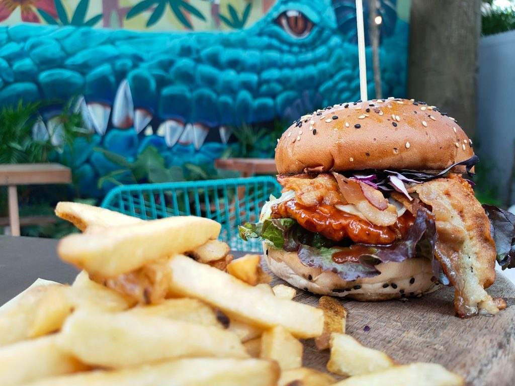 15 Best Restaurants in Playa Del Carmen: Burger