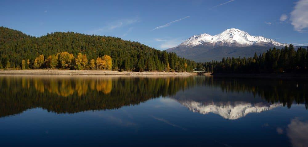 5 Best Things To Do In Dunsmuir CA: Lake Siskiyou