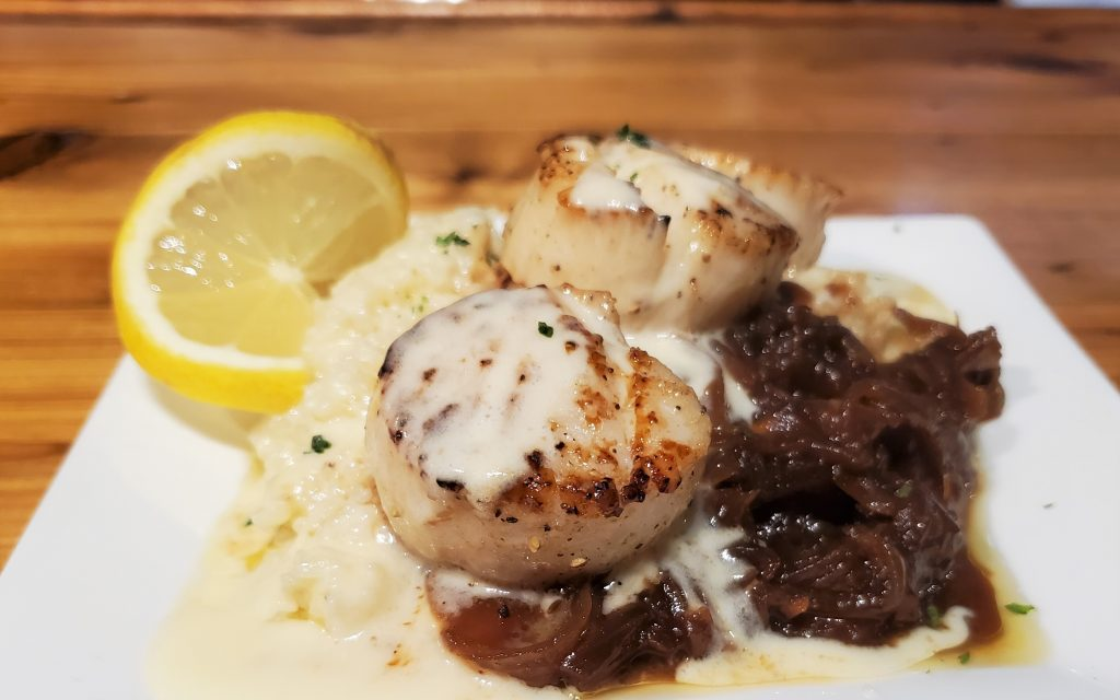 The 5 Best Pass Christian Restaurants: Scallops, Grits, And Caramelized Onions