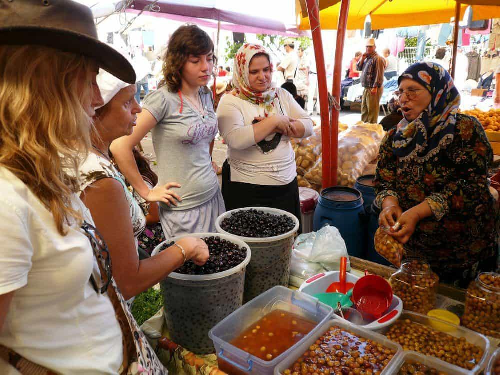 5 Amazing Things To Do In Sebastopol: The Barlow Market