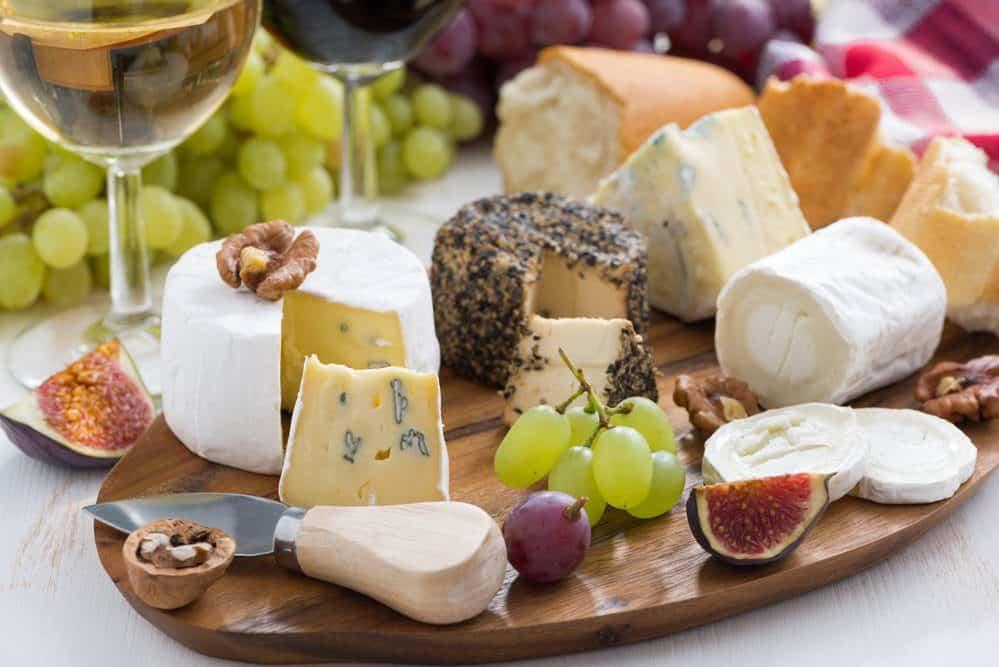 7 Best Ventura Restaurants: Wine and Cheese Tour