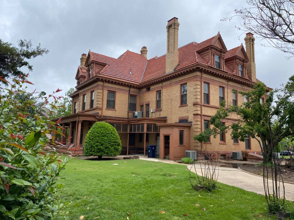 6 Best Things To Do In Oklahoma City: Overholser Mansion