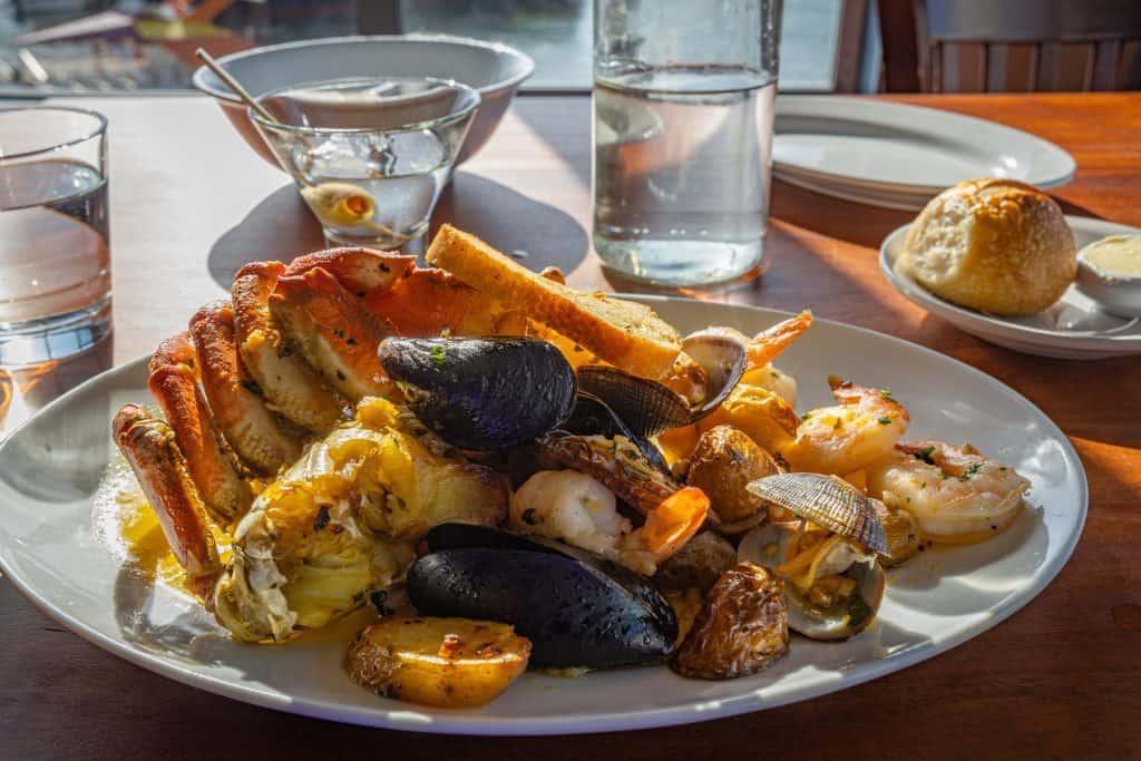 Best Pier 39 Restaurants: Shellfish Platter