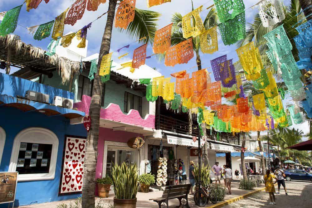 The Best Things To Do in Sayulita: Sayulita's Shops