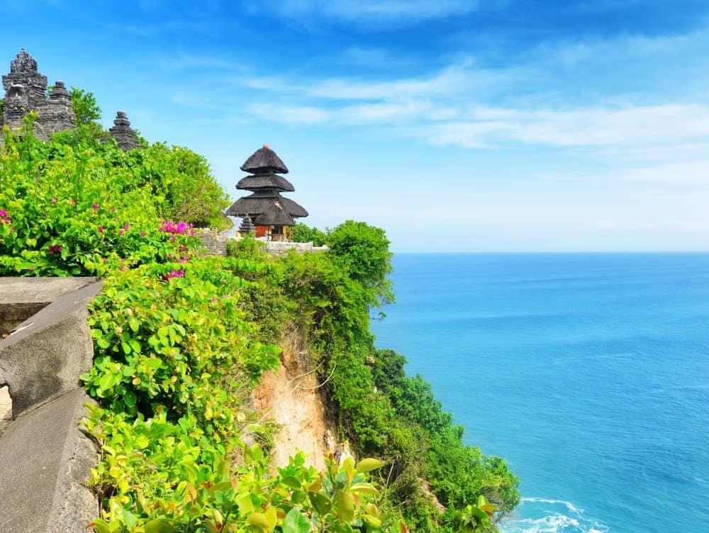 Things To Do In Bali: Uluwatu Temple