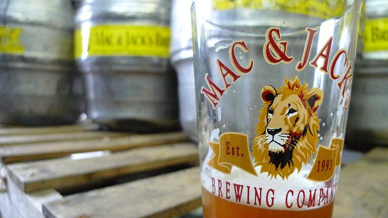 Things To Do In Redmond WA: Mac and Jack's Brewery